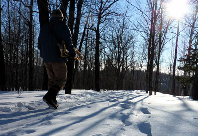 Boot walking: Hike on the snow