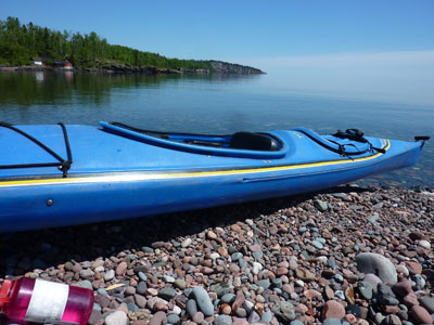 Sea kayak the Tettegouche shoreline