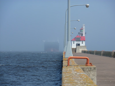 Near collision in Duluth Ship Canal